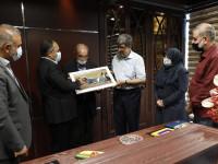 تقدیر از فعالیت های بنیاد شاه حسینی در امر مدرسه سازی