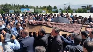 """پیکر خیّر مدرسهساز """"حاج علی مردانی آذر"""" در وادی رحمت تبریز بخاک سپرده شد"""