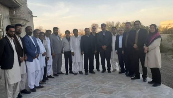 بازدید خیرین مدرسه ساز از مناطق سیل زده سیستان و بلوچستان