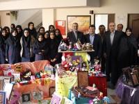 برگزاری جشنواره در مدرسه شهیدان مثقالی منطقه 17 تهران- 10 اسفندماه 95
