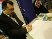 قائم مقام وزیر آموزش و پرورش درغرفه خیرین مدرسه ساز و سازمان نوسازی مدارس