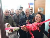بانوی نیکوکار ایرانی مقیم خارج از کشوربه یاد همسرش مدرسه ساخت/ افتتاح نمازخانه، هوشمندسازی و اهدای تبلت به دانش آموزان