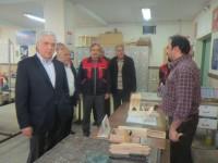 تجلیل از خیر مدرسه ساز علی لاهوتی در هنرستان امام علی منطقه 5 تهران